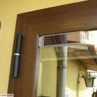 Porta in alluminio bicolore effetto legno, veneziana incorporata [9]