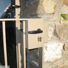Porta d'ingresso con cancellino [3]