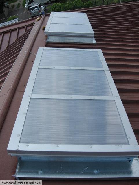 Finestre da tetto speciali coperture speciali gaudino for Lucernario motorizzato prezzo